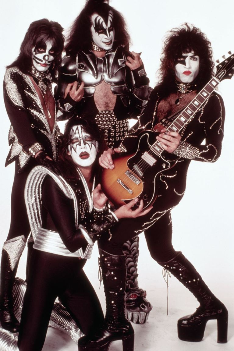 KISS #5 (Cover F Photo Virgin Variant)