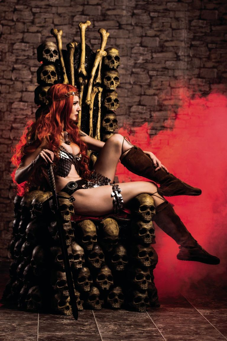 Red Sonja #4 (Cover F Cosplay Virgin Variant)
